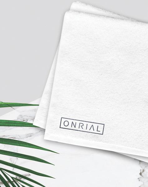 Полный комплекс услуг<br> для брендинга ONRIAL-image-right